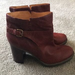 Nine West Vadigin women's red/brown leather bootie